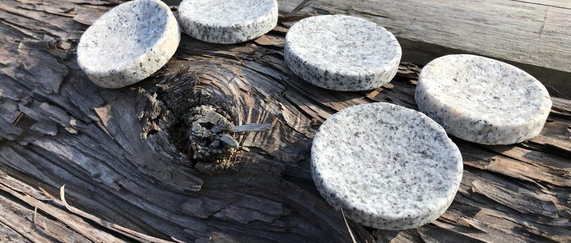 大島石 小皿加工過程
