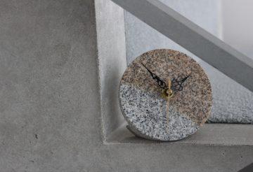 石真堂の大島石 時計